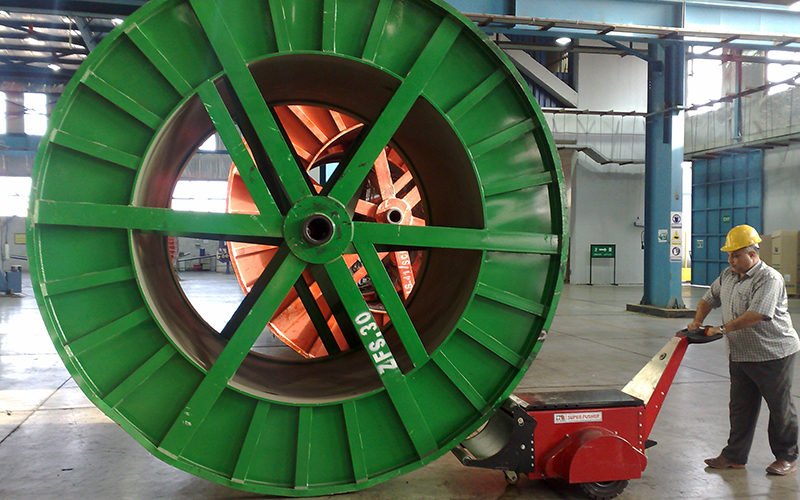 Dual Motor Super Power Pusher, with Roller Attachment, pushing 40,000Kg cabke drum at ElSewedy Cables