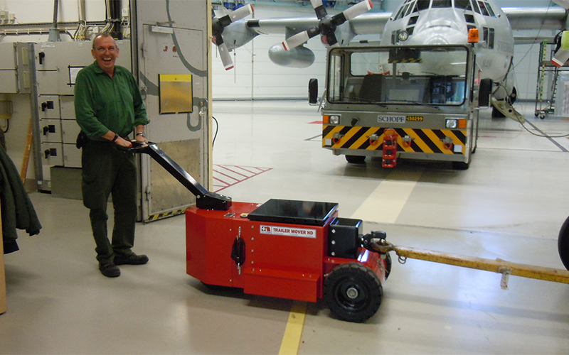 Ground Support Equipment such as APU's, water and fuel bowsers and access steps can be towed inside the hangar using the HD Trailer Mover fitted with NATO towing hitch
