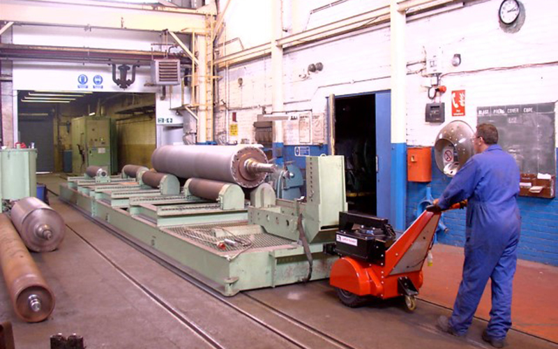 Super Power Pusher moving 55,000Kg rail-mounted transfer bogie into and out of a shotblasting chamber