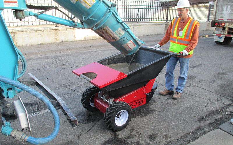 Using the MUV Wheelbarrow for concrete barrowing
